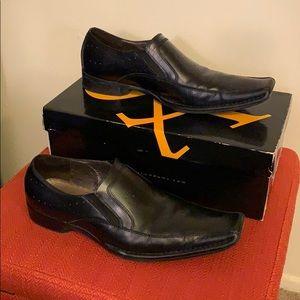 Used men's dress shoe. Size 10.5 Stacy Adams